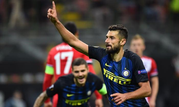 Southampton harcoljon a 10 fős Inter ellen, de Antonio Candreva sztrájkja zsákmányt szerez